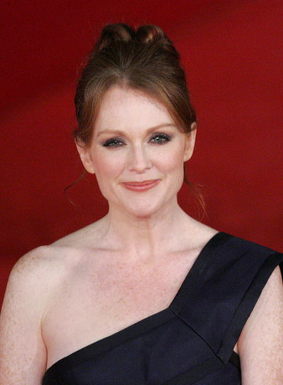 Julianne Moore Sophisticated, Red Updo
