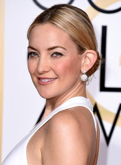 Kate Hudson with a Chic, Blonde, Formal, Updo Hairstyle Pictures