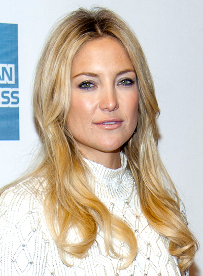 Kate Hudson's Long, Blonde, Wavy, Chic Hairstyle