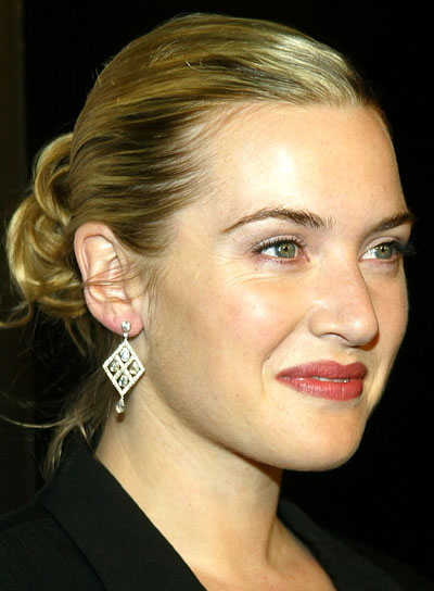 Kate Winslet Chic, Blonde Updo