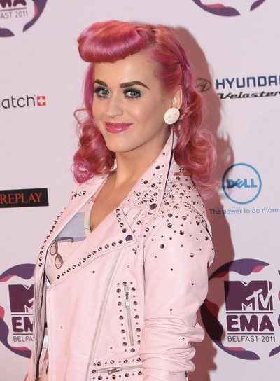 Katy Perry Funky, Edgy, Curly Hairstyle with Bangs