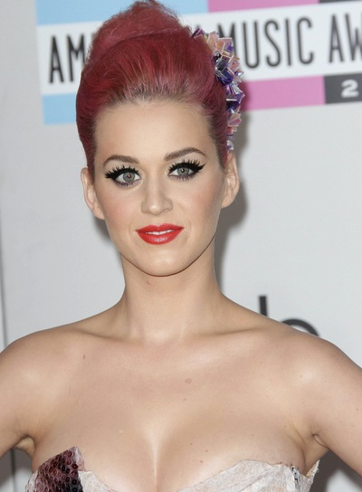Katy Perry Romantic, Funky, Party Updo