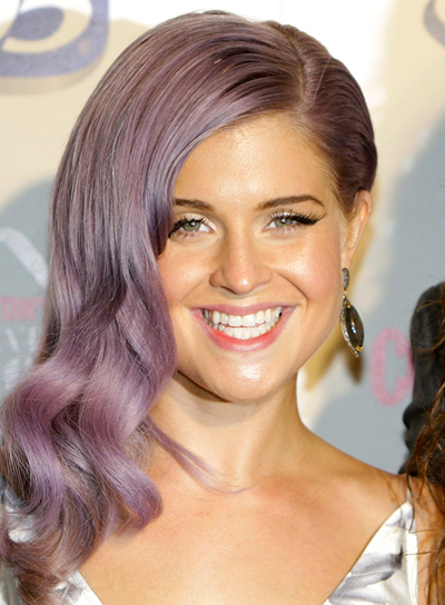 Kelly Osbourne's Long, Wavy, Sophisticated, Romantic Hairstyle