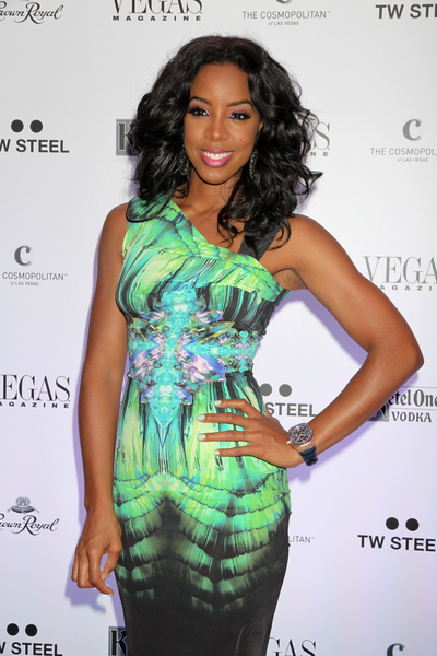 Kelly Rowland's Curly, Sexy, Party, Black Hairstyle