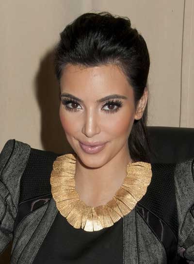 Kim Kardashian Sexy, Black Updo