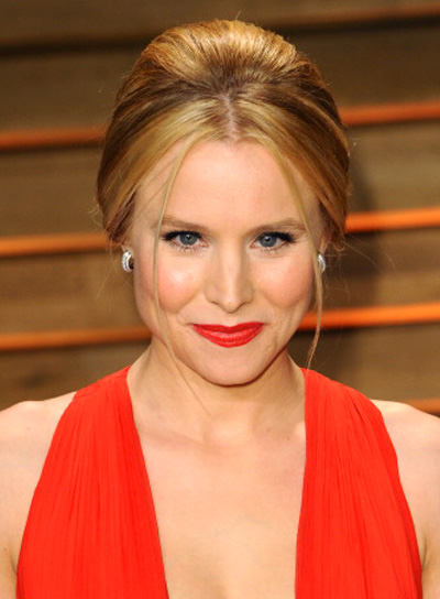 Kristen Bell Sophisticated, Formal, Blonde, Updo Hairstyle Pictures