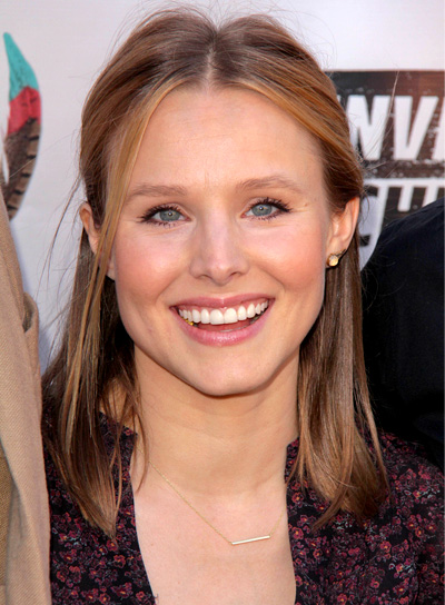Kristen Bell's Chic, Blonde, Medium, Half-Updo Hairstyle