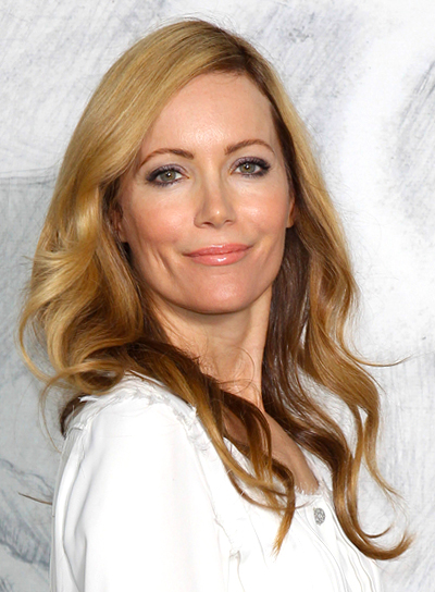 Leslie Mann's Long, Wavy, Romantic, Blonde Hairstyle