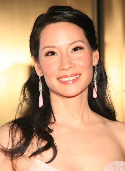 Lucy Liu Romantic, Black Half Updo