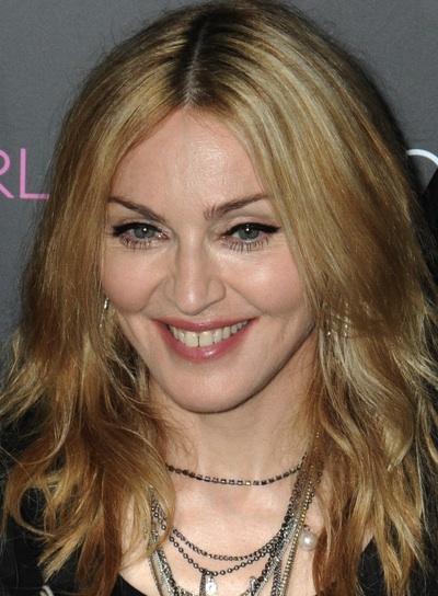 Madonna Medium, Tousled Hairstyle