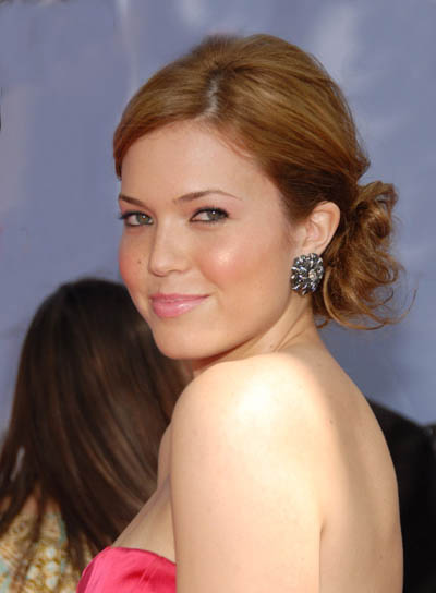 Mandy Moore Long, Tousled Updo