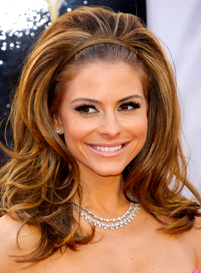 Maria Menounos' Long, Wavy, Party, Brunette Hairstyle