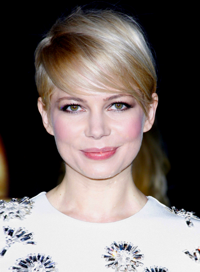 Michelle Williams' Short, Chic, Blonde, Straight Hairstyle