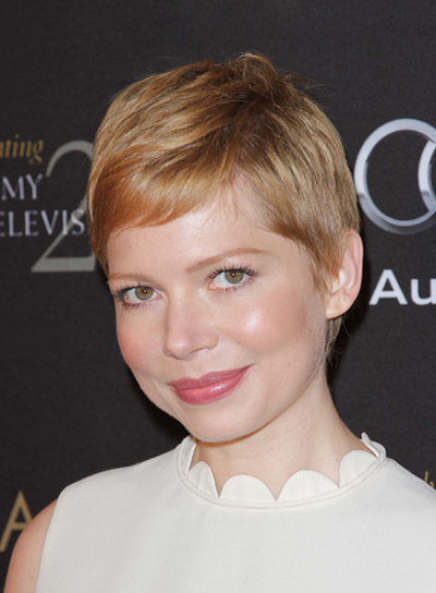 Michelle Williams Short, Blonde Hairstyle with Highlights