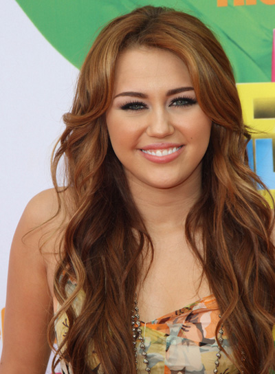 Miley Cyrus Long, Brunette Hairstyle