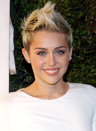 Miley Cyrus' Short, Edgy, Blonde, Party Hairstyle
