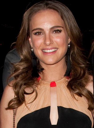 Natalie Portman Long, Curly, Sophisticated, Brunette Hairstyle