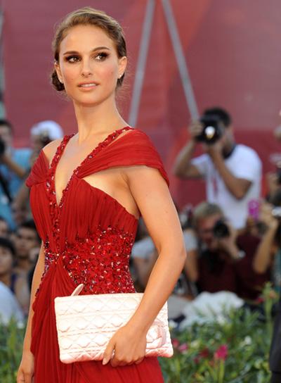 Natalie Portman Funky, Romantic Updo