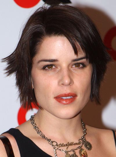 Neve Campbell Short, Edgy Hairstyle