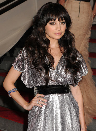 Nicole Richie Edgy, Wavy, Brunette Hairstyle with Bangs