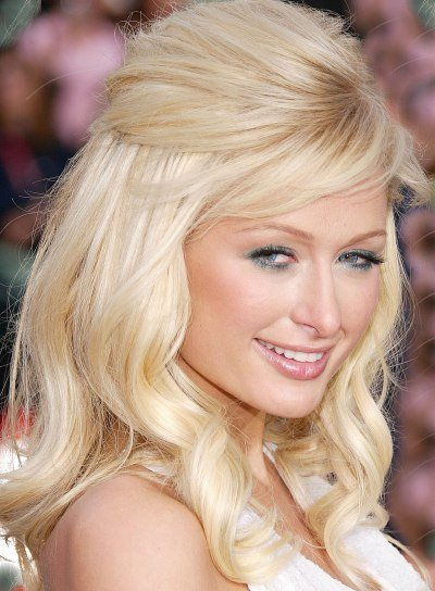 Paris Hilton Blonde Half Updo for Round Faces