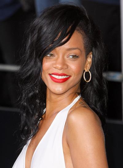 Rihanna's Long, Edgy, Party, Wavy Hairstyle
