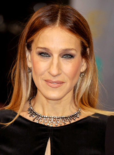 Sarah Jessica Parker's Long, Straight, Chic, Sophisticated Hairstyle