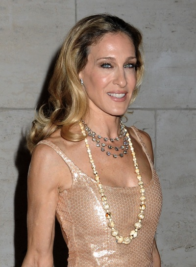 Sarah Jessica Parker Long, Romantic, Wavy, Blonde Hairstyle