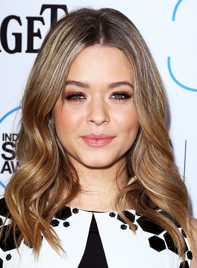 Sasha Pieterse with a Long, Romantic, Curly Hairstyle with Highlights Pictures
