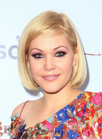Shanna Moakler Short, Chic, Blonde, Straight Bob
