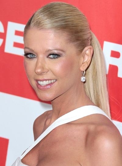 Tara Reid's Long, Chic, Blonde, Ponytail Hairstyle