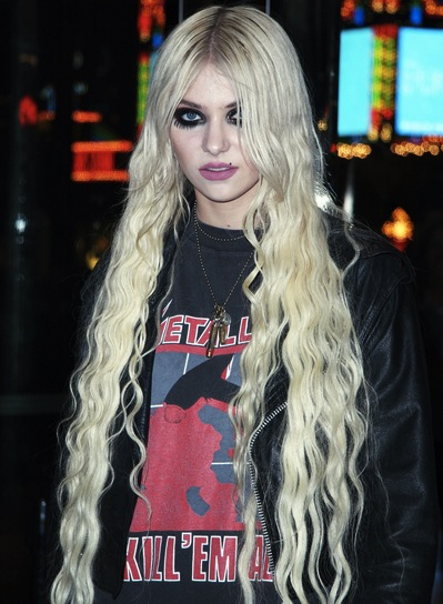 Taylor Momsen Long, Edgy Hairstyle