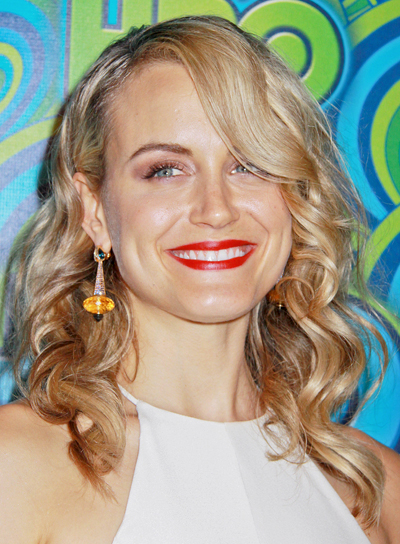 Taylor Schilling's Long, Blonde, Curly, Sophisticated Hairstyle