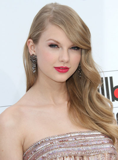 Taylor Swift Long, Sophisticated, Romantic, Party Hairstyle
